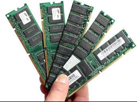 Various DDR RAM desktop-PC memory modules - DIMMS